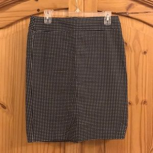 Like New Banana Republic Black White  Pencil Skirt